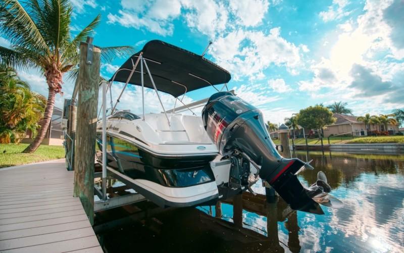 Bootsvermietung Cape Coral Florida Hurricane SD 2400