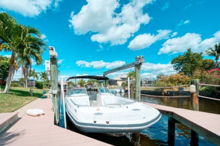 Bootsvermietung-Cape-Coral-Speed-Dock-Hurricane-237